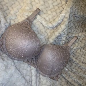 Limited Edition Victoria's Secret Bombshell Bra